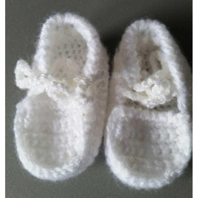 Zus en Zo Zelfgemaakt - Gehaakte babyslofjes -
